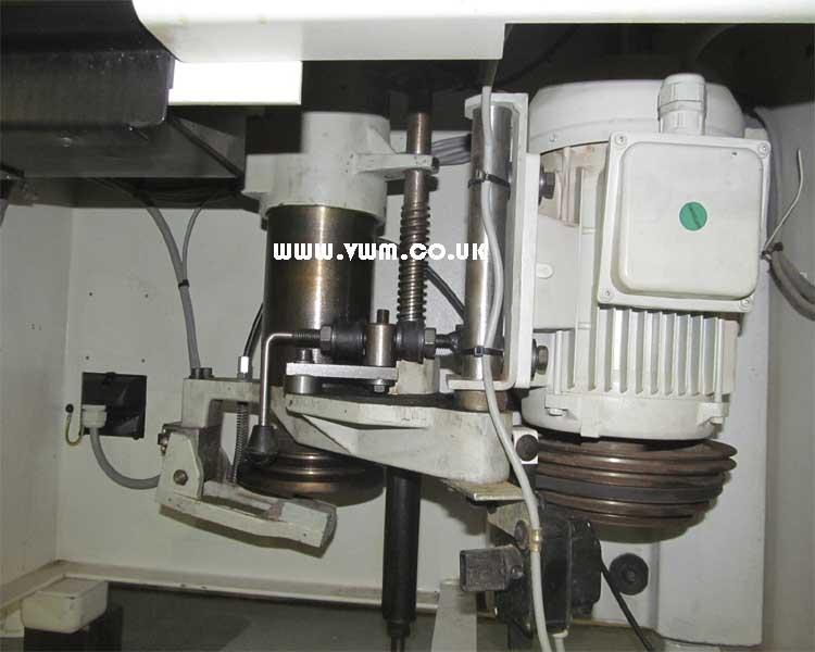 SCM T130 Inside