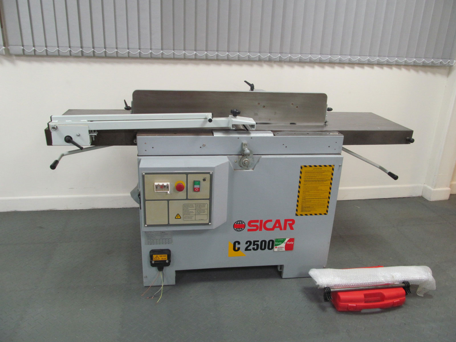 Sicar C2500 Planer thicknesser