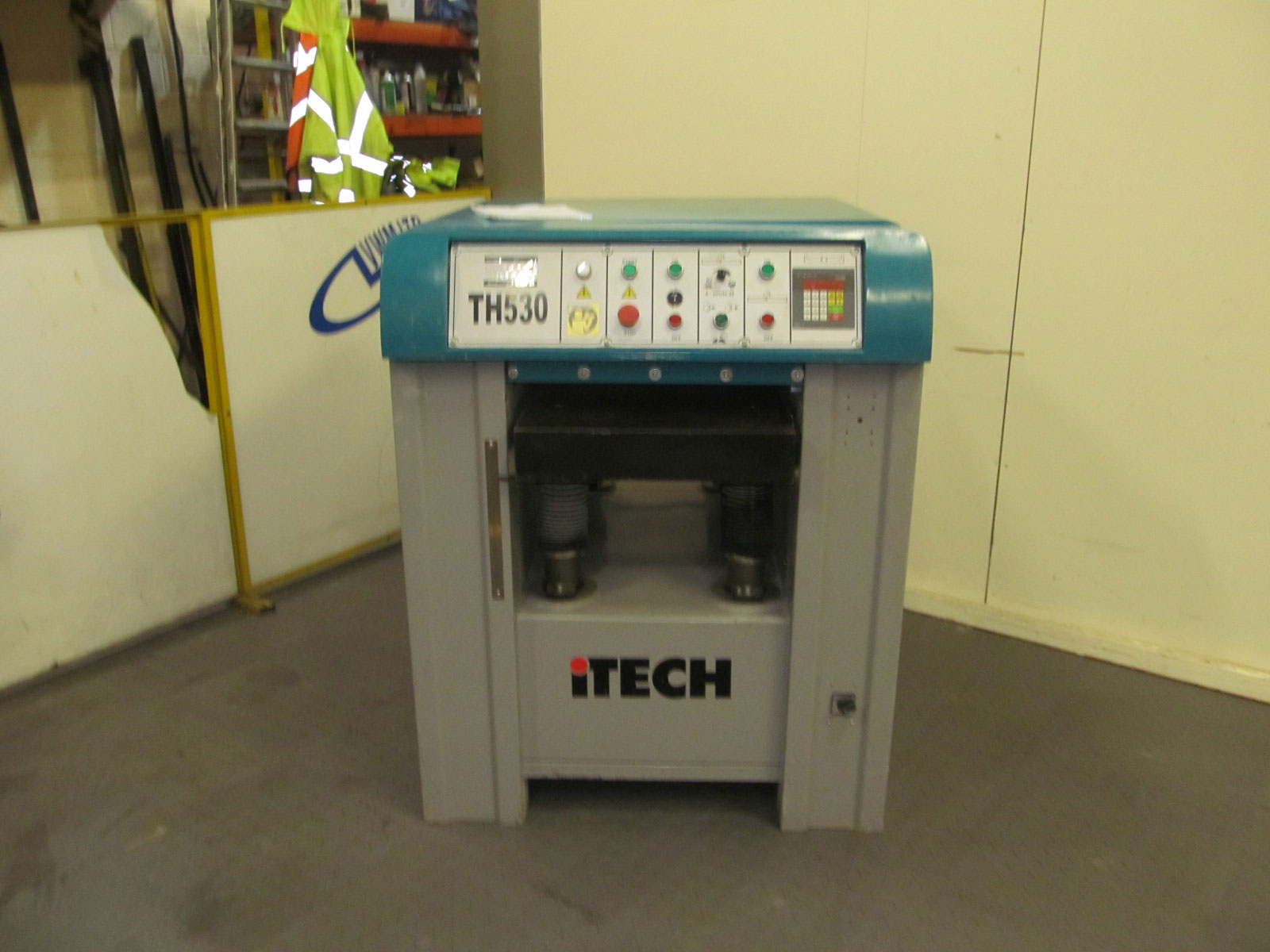 Itech TH530 Thicknesser with programmable table