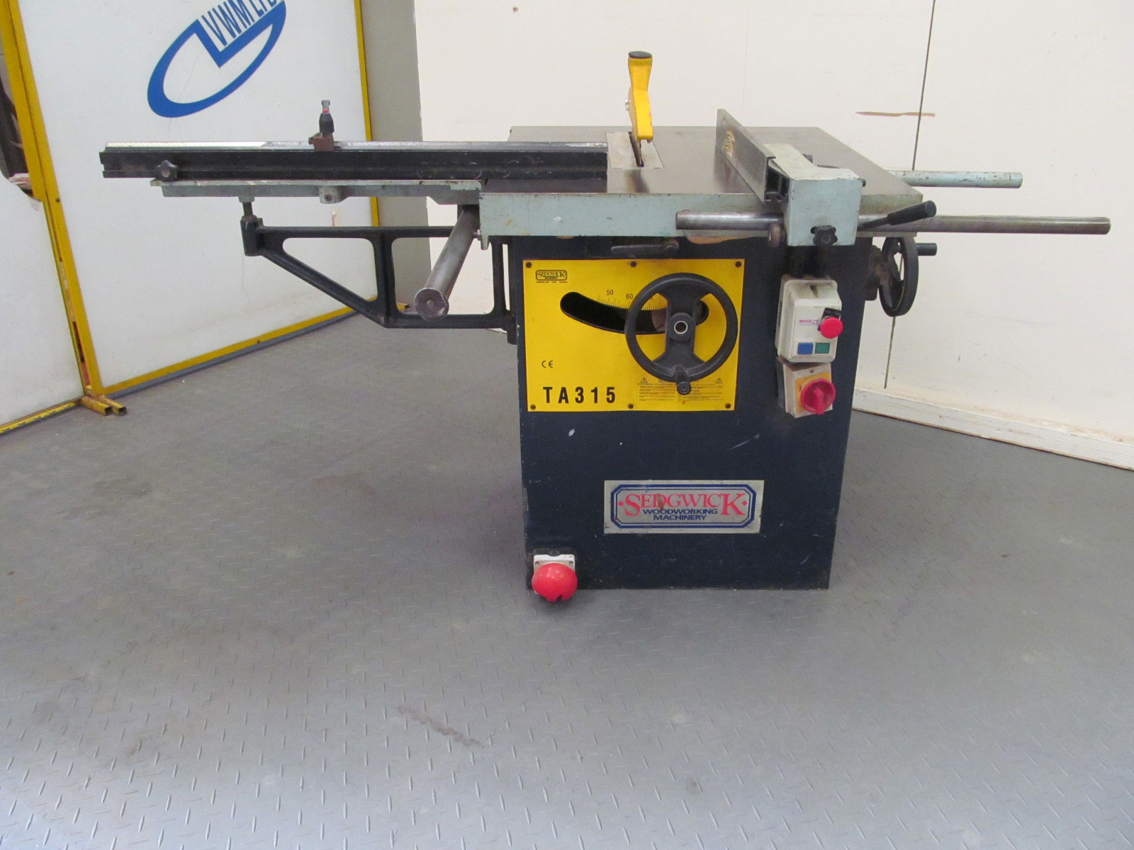 Sedgwick TA315 ripsaw with sliding table